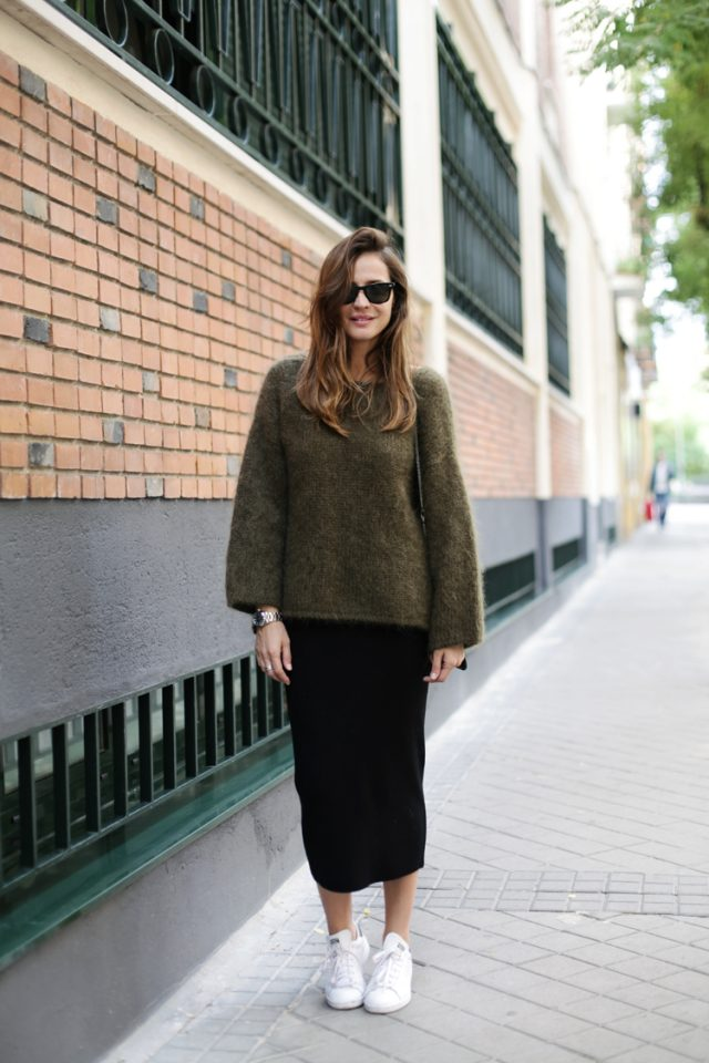 khaki-sweater-long-pencil-skirt-and-white-shoes via