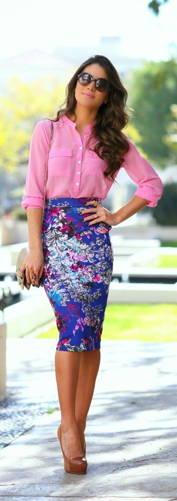 pink-shirt-and-pencil-skirt via