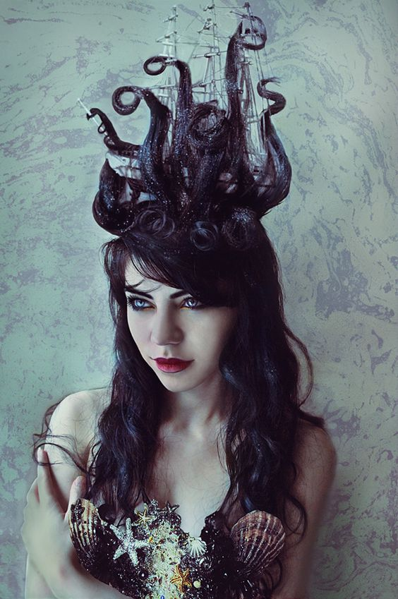 stylish-halloween-hair via