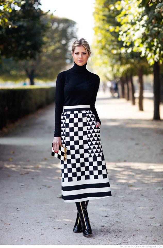 black-turtleneck-and-long-skirt via