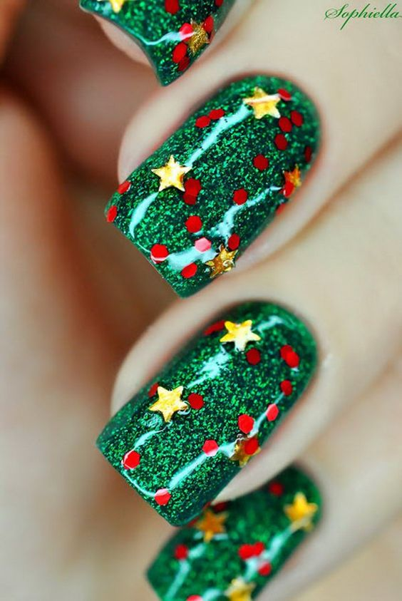 green-nails-with-glitter via
