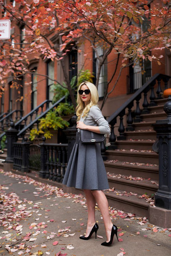 grey-sweater-deep-grey-skirt-and-black-heels via