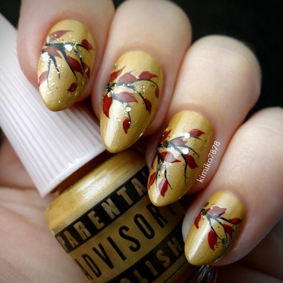 mustard-nails-with-flowers via
