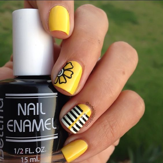 mustard-nails-with-lines-and-flowers via