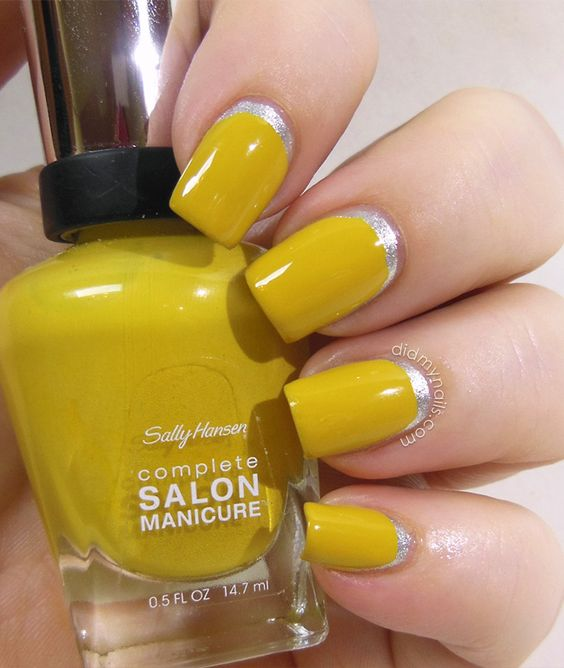 mustard-and-sliver-nails via