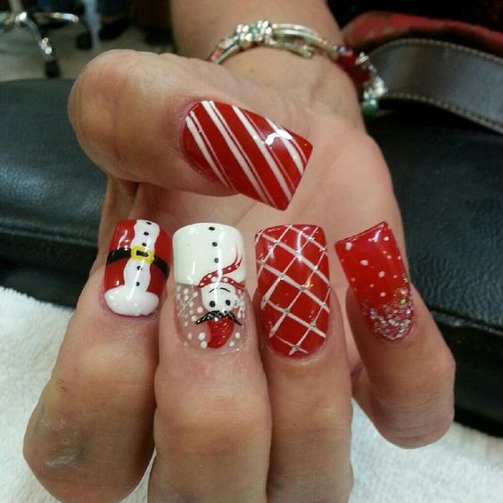 red-and-white-snowman-nails via