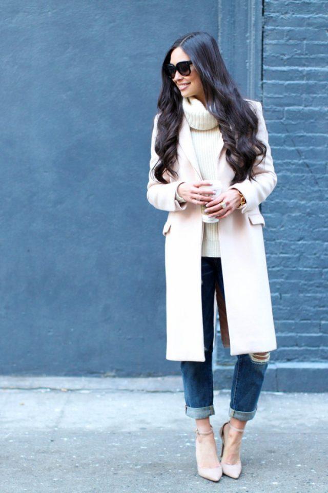turtleneck-and-beige-coat via