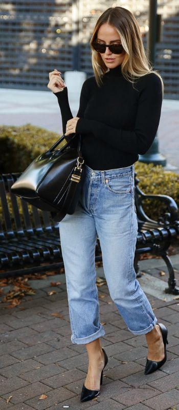 turtleneck-and-jeans via