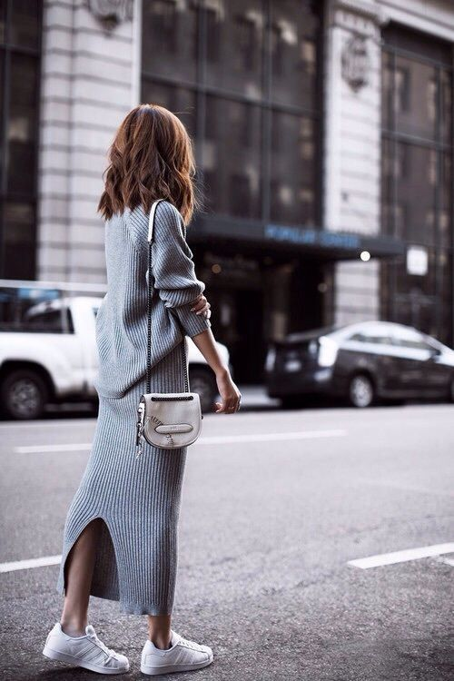 grey-knit-skirt-and-white-sneakers via