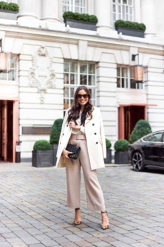 nude-pants-and-leopard-shoes via