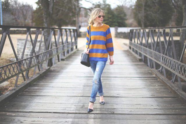 16 Ways to Wear Striped Sweaters in Winter - Pretty Designs
