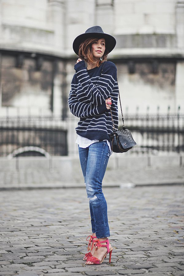 6c223565 16 Ways to Wear Striped Sweaters in Winter - Pretty Designs