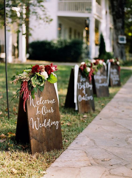 Wedding Rustic Signs Via