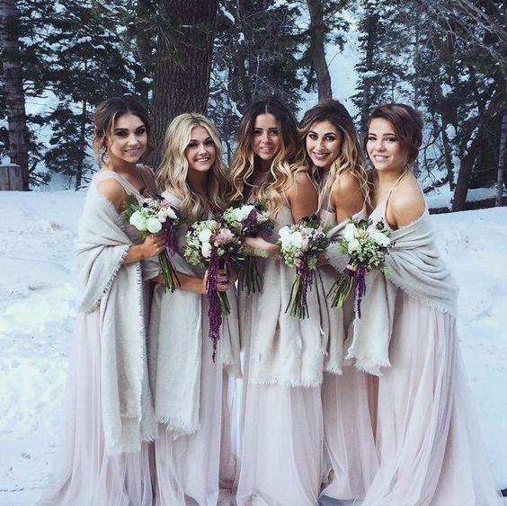 Winter Wonderland Wedding Gowns: 24 Winter Wonderland Wedding Ideas