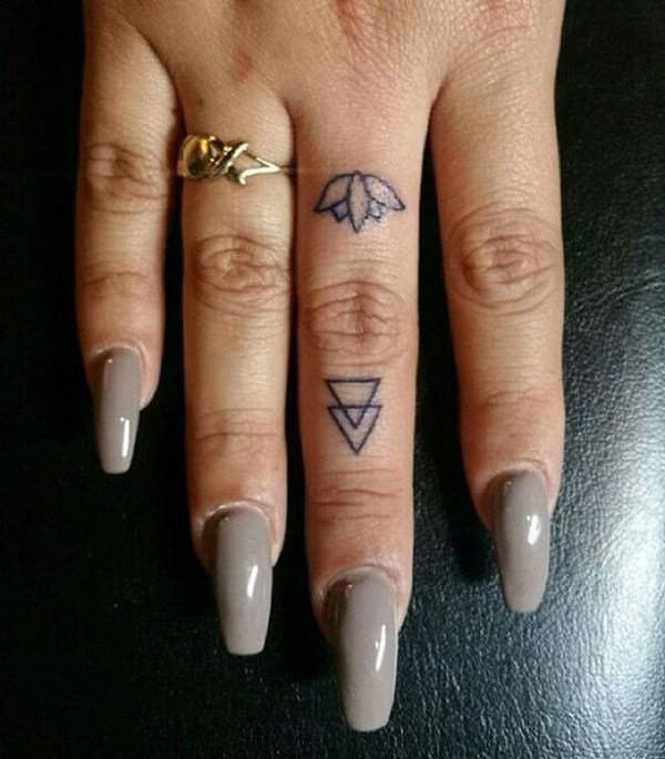 30 beautiful tattoos for girls 2018 meaningful tattoo for Finger tattoo ideas