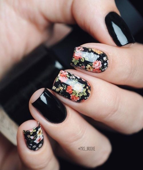 Black Nails with Roses - 20 Cute Spring Nail Designs 2018 - Pretty Designs