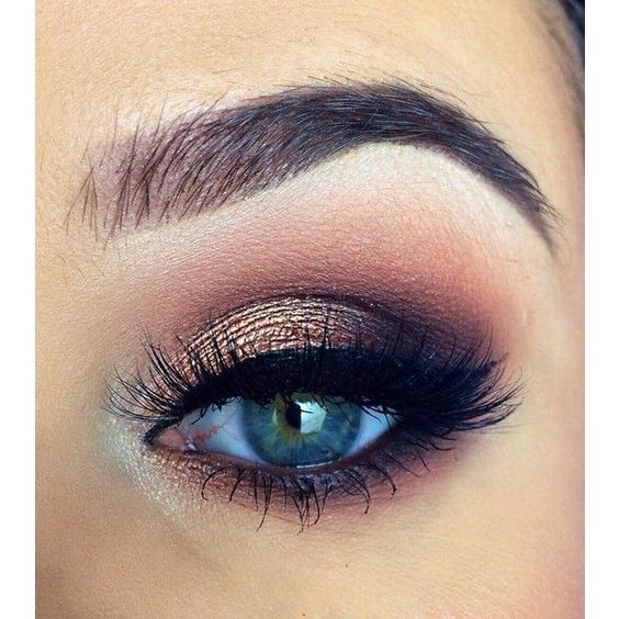 10 Awesome Eye Makeup Looks for Blue Eyes