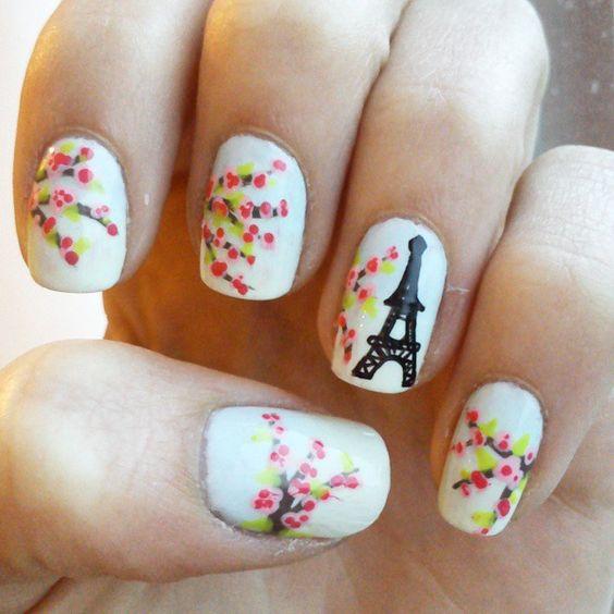 20 Nail Designs to Paint Eiffel Tower - Pretty Designs