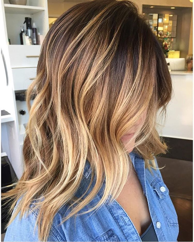 45 balayage hairstyles 2018 balayage hair color ideas with blonde brown caramel red. Black Bedroom Furniture Sets. Home Design Ideas