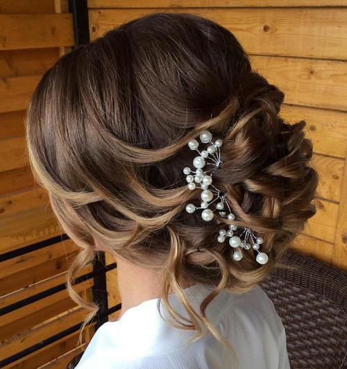 21 Glamorous Wedding Updos For 2020 Pretty Designs