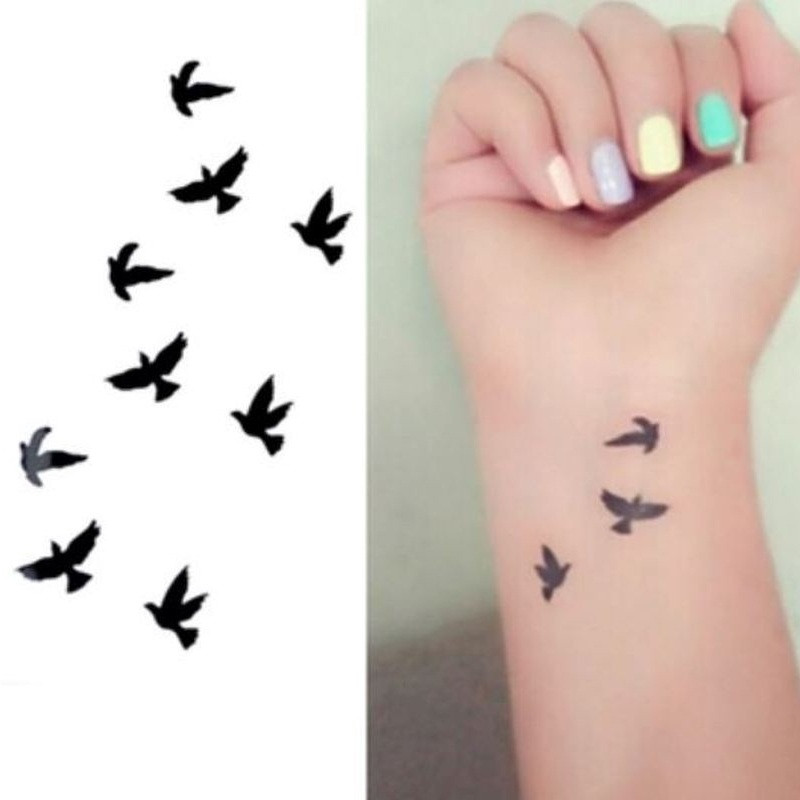 25-cute-small-feminine-tattoos-for-women-2018-tiny-meaningful-tattoos-15.jpg