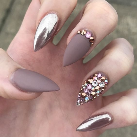 Popular Nail Art Designs: 40 Best Metallic Nail Designs For 2019