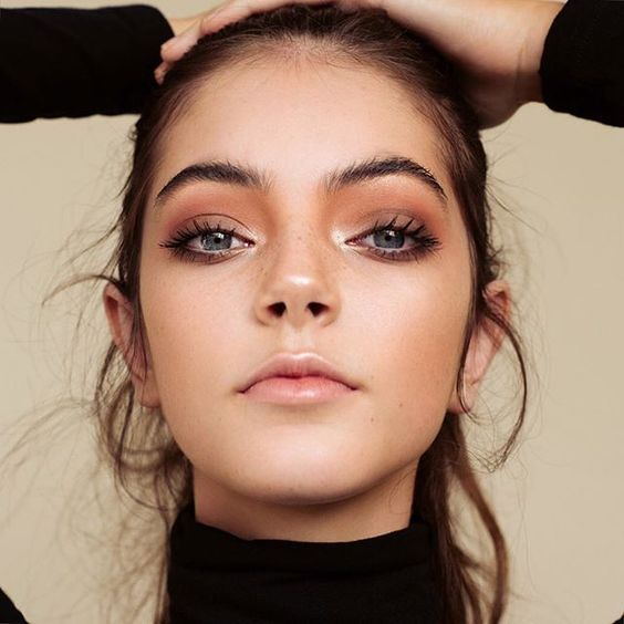 10 Stunning Natural Makeup Looks