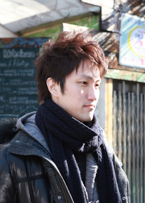 70 Cool Korean Amp Japanese Hairstyles For Asian Guys 2020