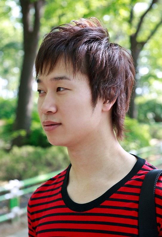 70 Cool Korean & Japanese Hairstyles for Asian Guys 2018