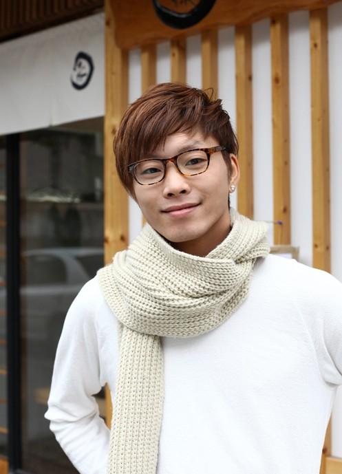 70 Cool Korean & Japanese Hairstyles for Asian Guys 2020 ...