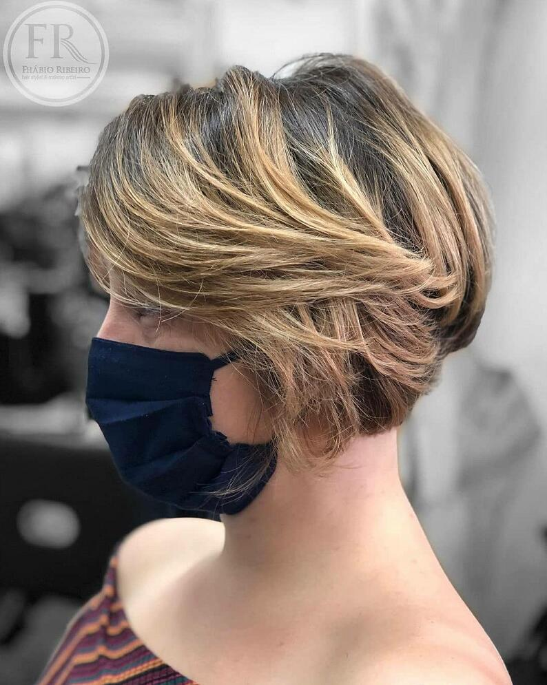 Trendy layered short haircut for women over 30