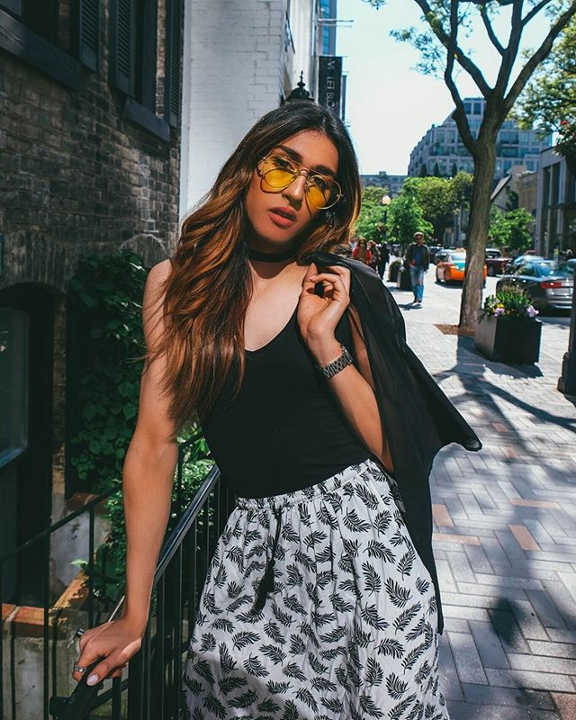 Trending Accessories for Women & How to Wear Them