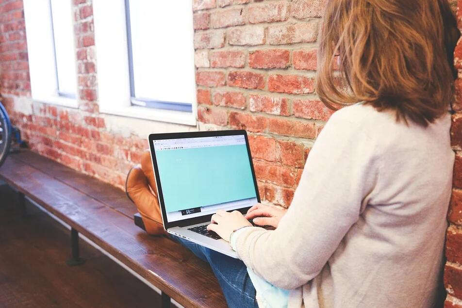 Beauty blogging communities